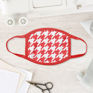 Red and White Houndstooth Pattern Face Mask